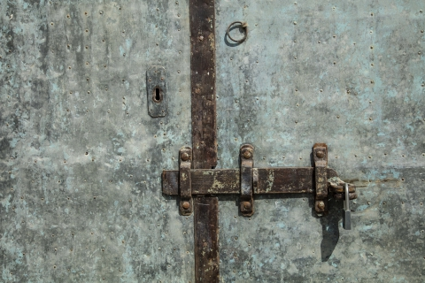 Keyhole Vision leading to Keyhole Strategy?
